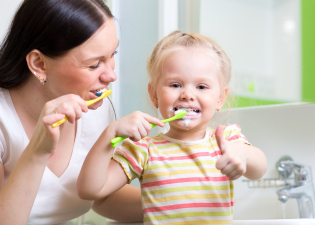 1505395311 67 tips for choosing a childs toothbrush - Tips for choosing a child's toothbrush