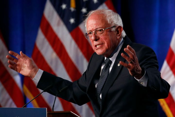 bernie sanders challenges rivals to reject cash from pharma insurance executives - Bernie Sanders Challenges Rivals To Reject Cash From Pharma, Insurance Executives